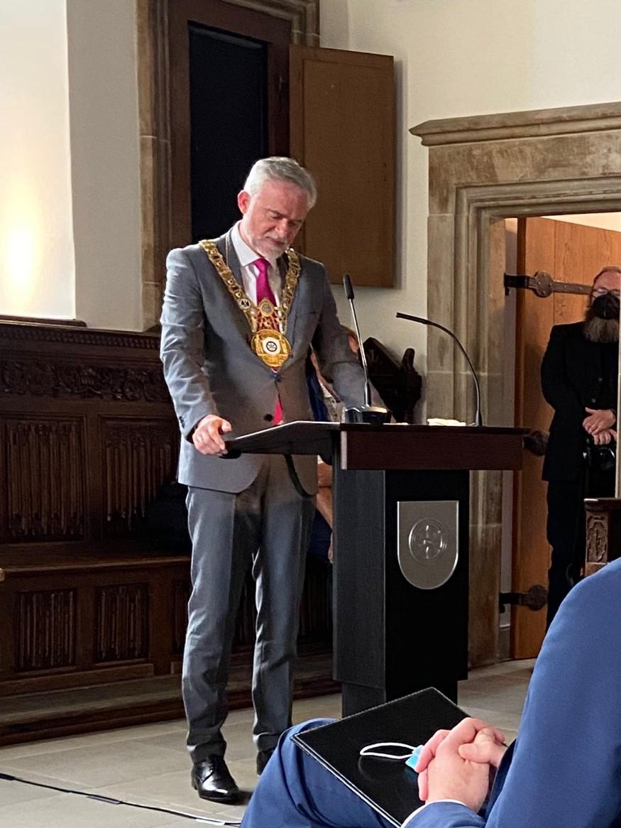 Oberbürgermeister Osnabrück Wolfgang Griesert am Rednerpult